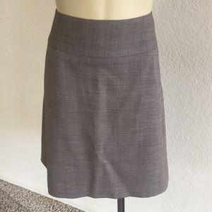 Banana Republic Skirt size 4P!